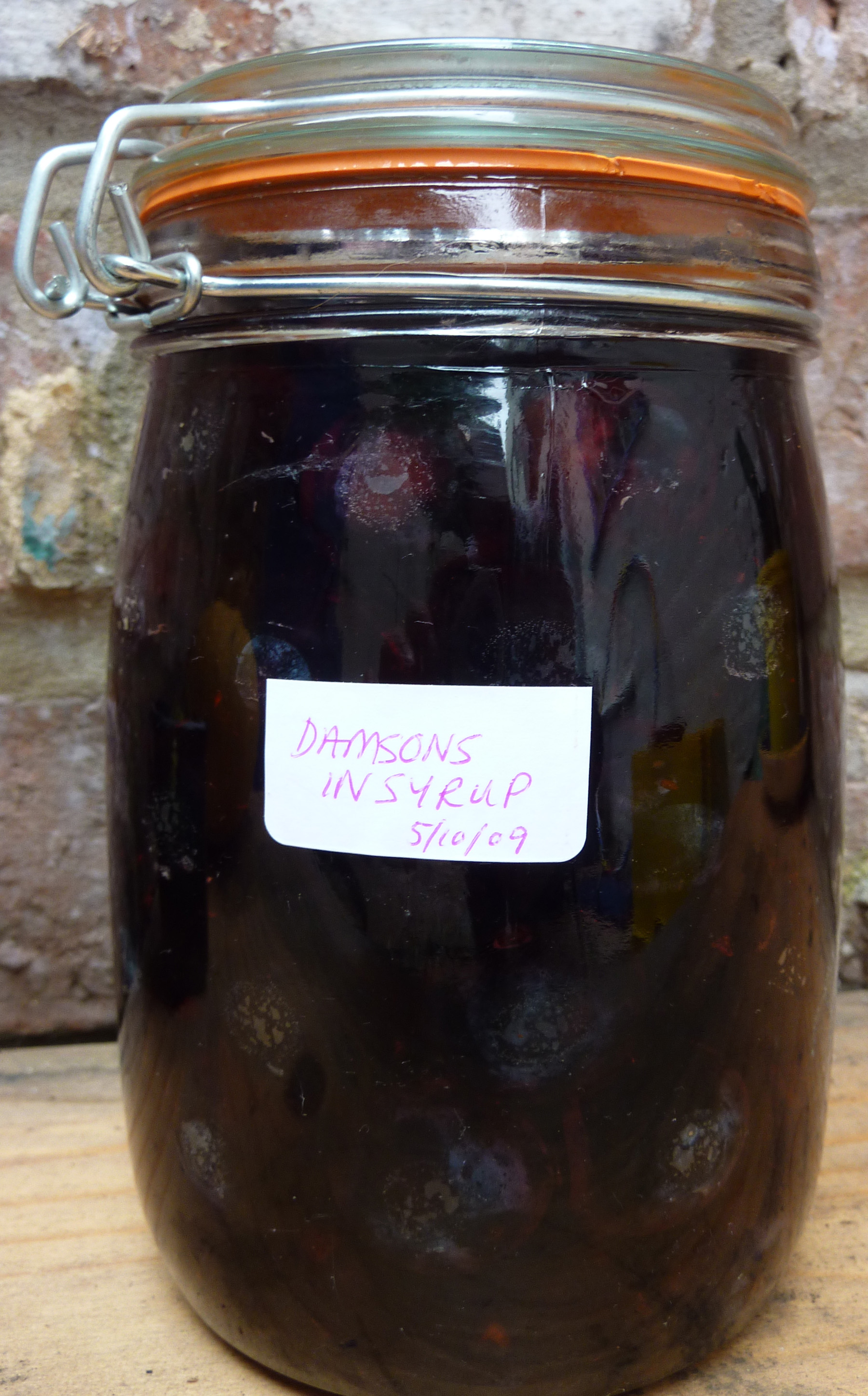 damsons in syrup