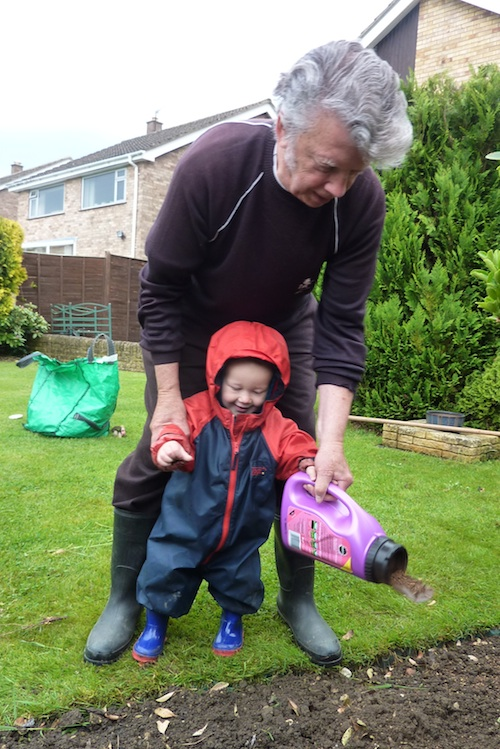 30-5-13 - sowing flower magic_sowing with grandad 4B