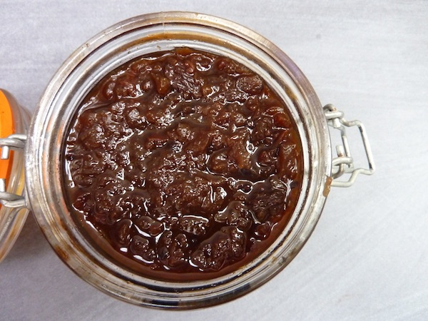 29-9-14 - spicy tomato chutney jar_opened 4B