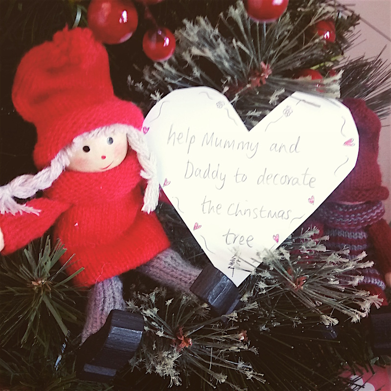 Kindness Elves day 1 - help decorate the tree