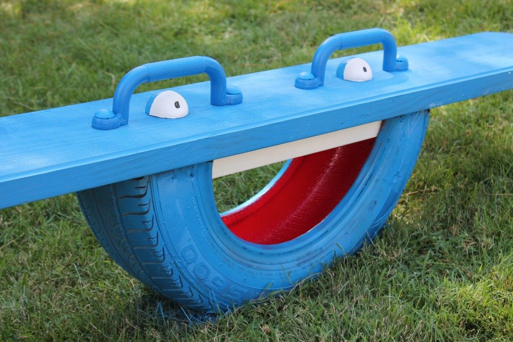 DIY kids project teeter totter - myfixituplife.com