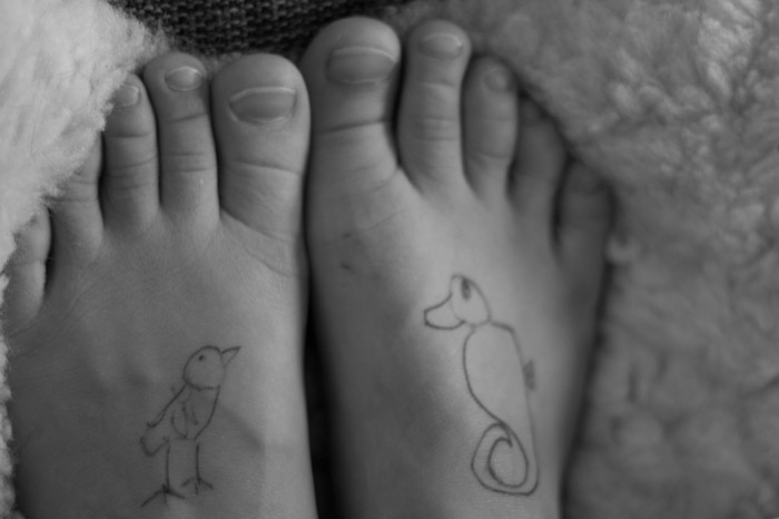 Euan's tattooed feet - nipitinthebud.co.uk