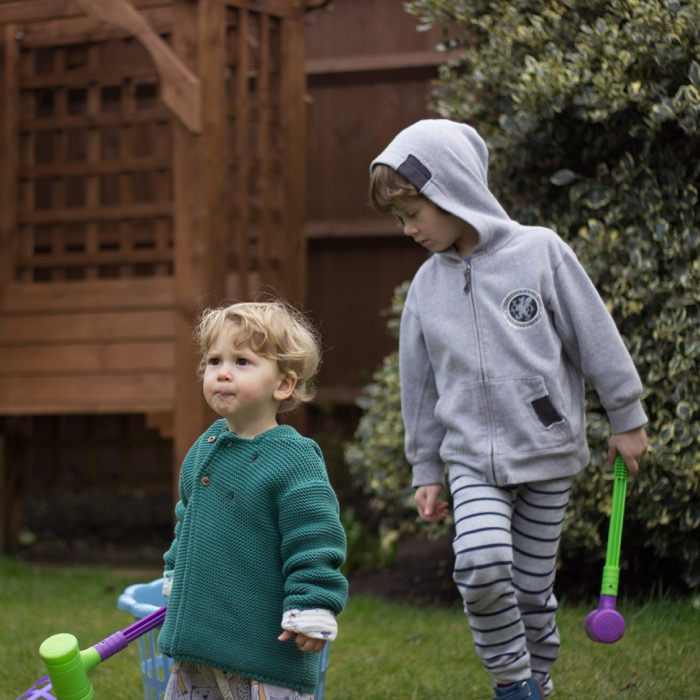 Mothers Day 2018 - boys playing in the garden - nipitinthebud.co.uk